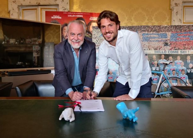 韋爾迪簽約那不勒斯