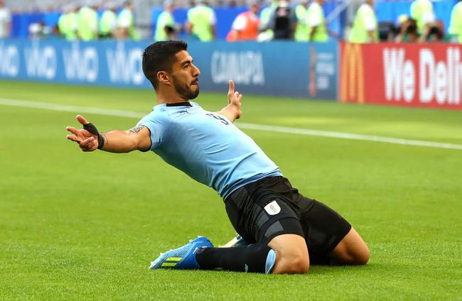 世界杯-苏神卡瓦尼破门 乌拉圭3-0胜俄罗斯夺头名