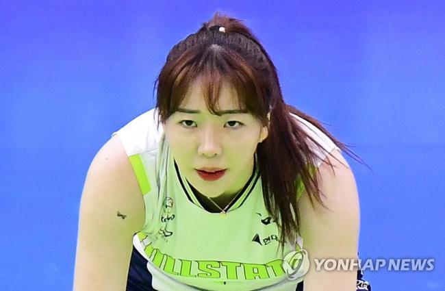 韩国25岁排球女将自杀 家属起诉俱乐部老板欺诈