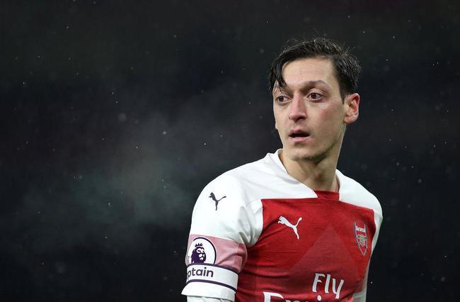 厄齐尔没有入选欧联杯比赛大名单