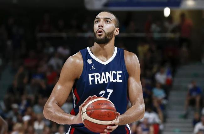 官宣:戈伯特当选2019年度法国最佳篮球运动员