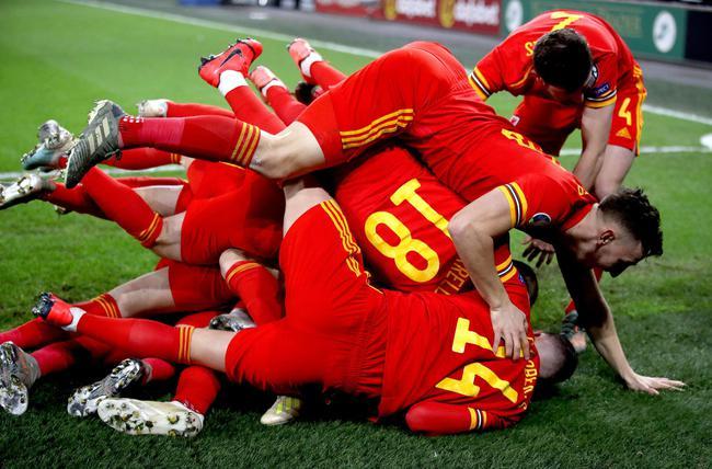欧预赛-贝尔助攻 拉姆塞2球 威尔士2-0逆势出线