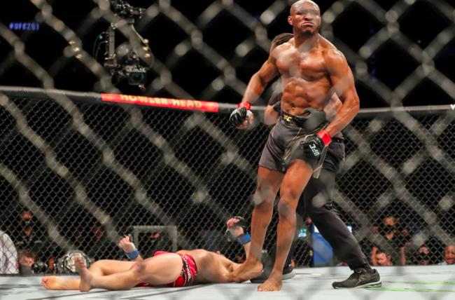乌斯曼:UFC261的KO才是令我满意的获胜方式