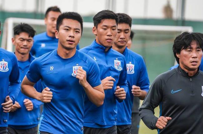 申花高层决定球队周末返上海 在西亚已漂泊一个月