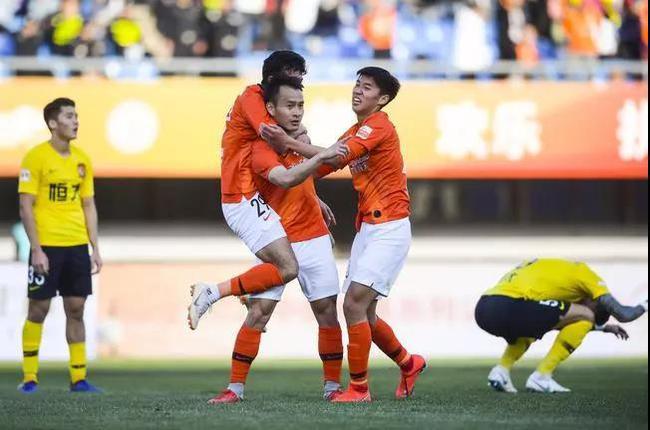 北京人和击败广州恒大堪称开赛以来最大冷门