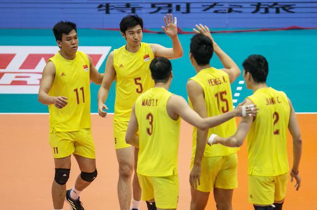 中国男排获得第六名 新华社供图