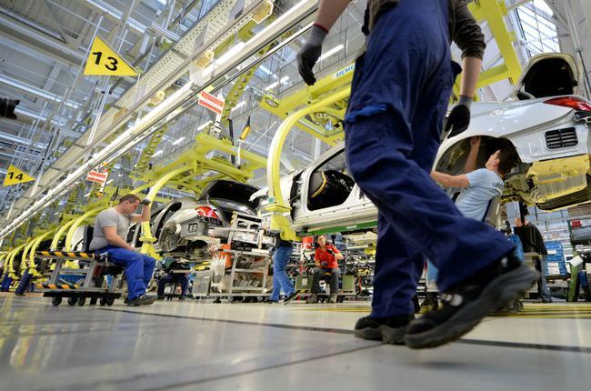 全球厂商累计裁员将超8万人