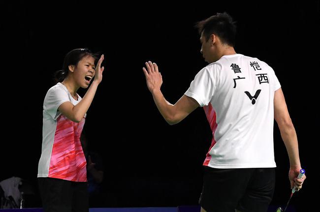冠军赛陈雨菲2-0韩悦夺冠 混双鲁恺/覃惠芷加冕