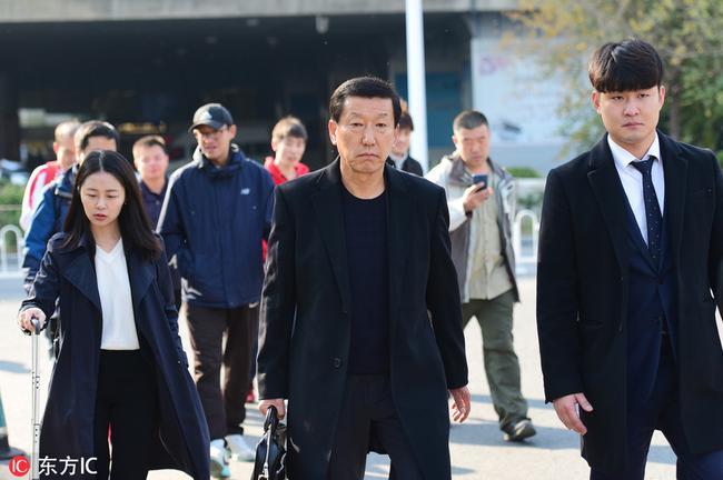 王健林指示团队:请崔康熙不乘人之危 给予最大尊重