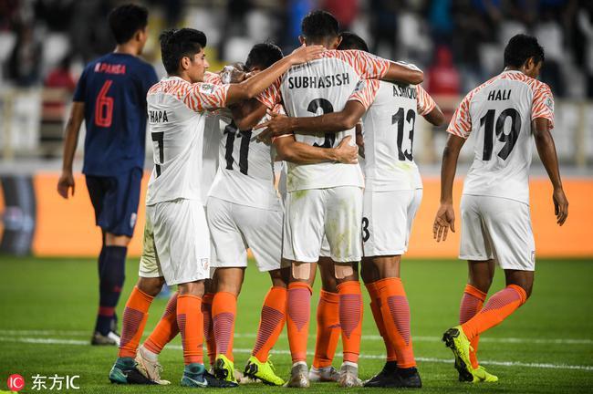 印度大胜泰国
