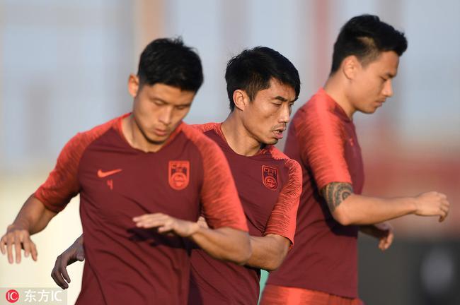 郑智回归国足迎来主心骨 以最熟悉阵型对阵菲律宾