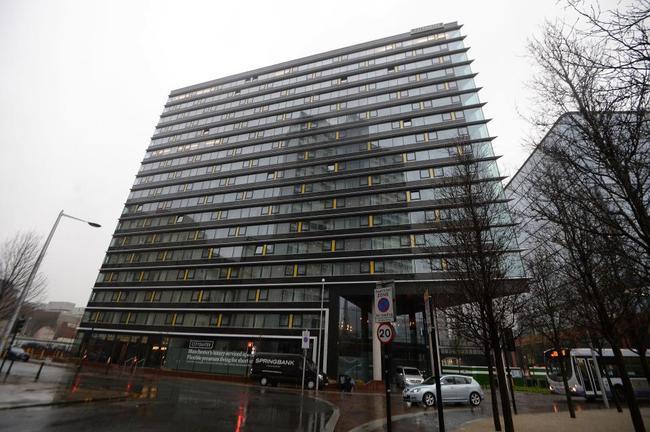 斯通斯现在居住在6000英镑/月的公寓里
