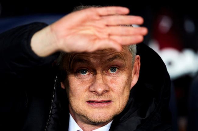 曼联索帅哄着博格巴留队 承诺新赛季让他当队长