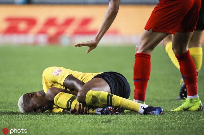 恒大恶战在即广州塔却伤了 双线10球大腿无人能替