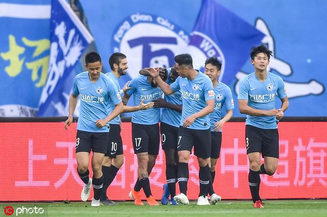 中超-争议手球未判点哈姆西克破荒 一方1-0胜申花