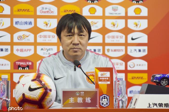 谢峰:华夏仍面临很大困难 战富力对防守是巨大考验