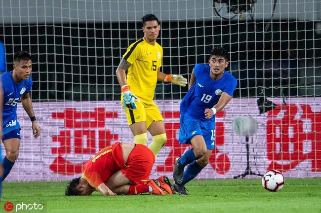 吉翔膝盖内侧副韧带损伤返回南京 至少休息两周