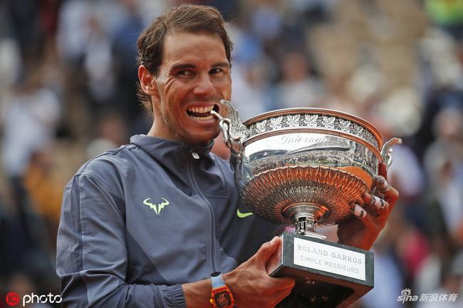 纳达尔法网夺冠