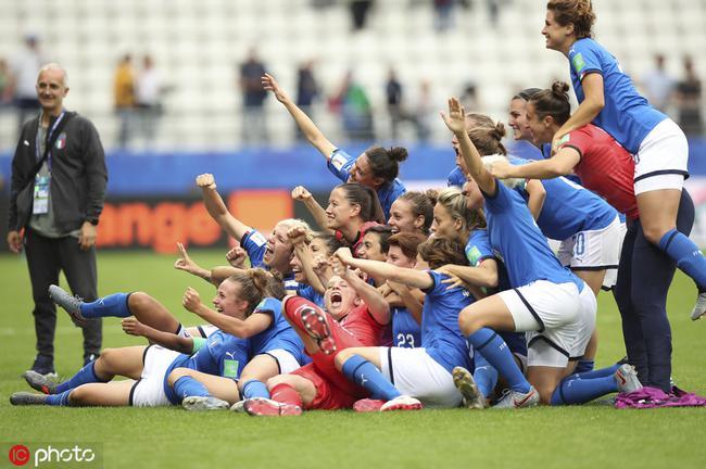 女足世界杯-帽子戏法加刘爱玲式重炮 意大利5-0牙买加