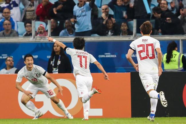 日本2-2平乌拉圭