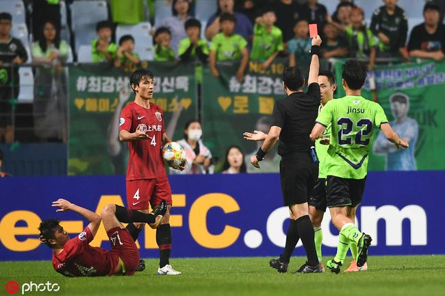 韩国队员输球又输人