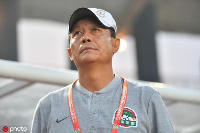 王宝山:敢于施压取得效果 建业赢球有运气成分
