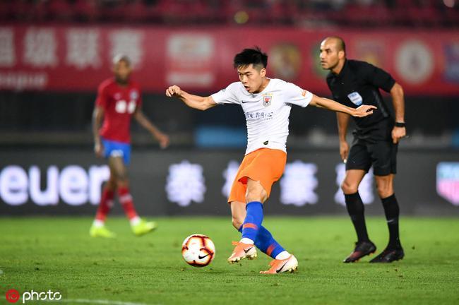 鲁能第一个进球的U23是他 球迷把他和蒿俊闵搞混