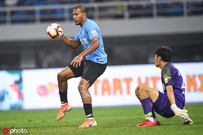 龙东:刚踢完美洲杯身体没问题 没赢球非常遗憾