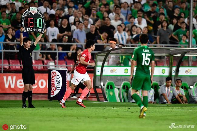 致敬传奇!郑智迎39岁生日 中国足球旗帜仍在奋斗