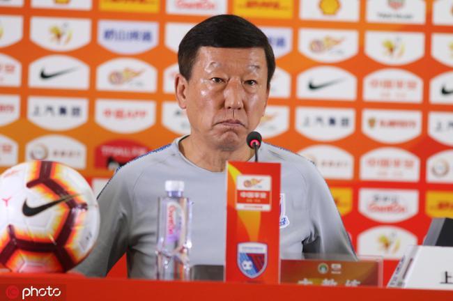 崔康熙出席赛前新闻发布会