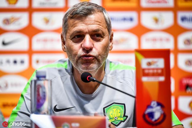 布鲁诺:在防守上还需要提高 还有机会重返第一名