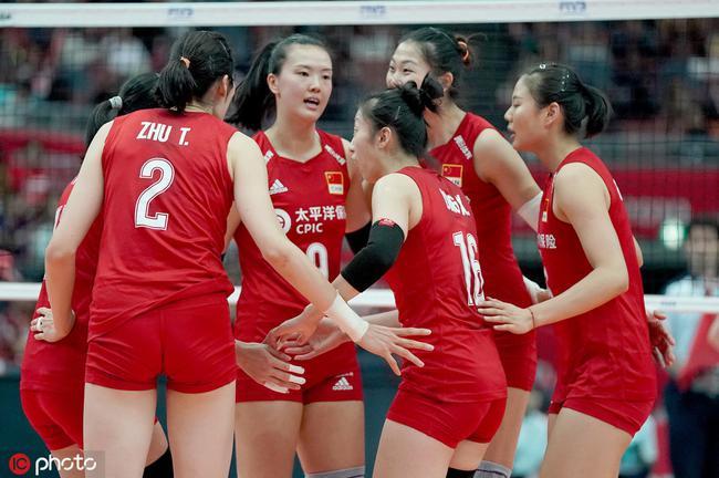 世界杯中国女排3-0阿根廷11连胜 第四次全胜夺冠