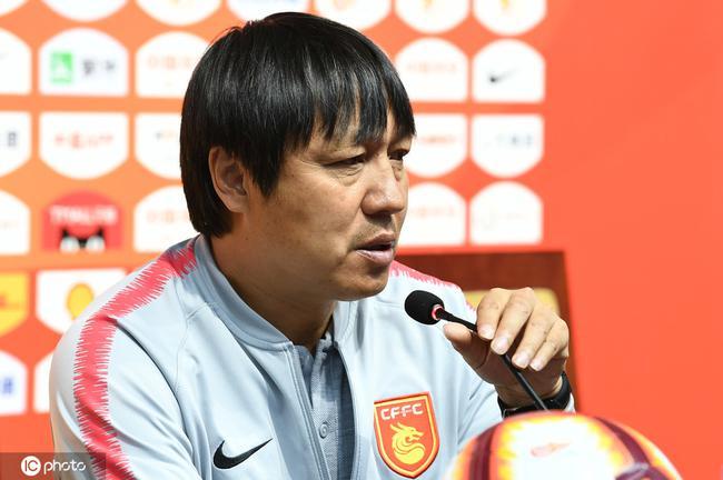 谢峰:华夏队形松散缺乏斗志 现在处境还不能放松