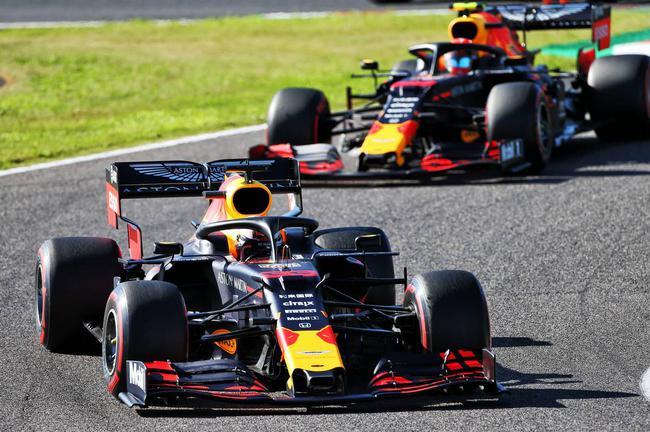 维斯塔潘:排位赛可以更冒险 车队应安排拉尾流