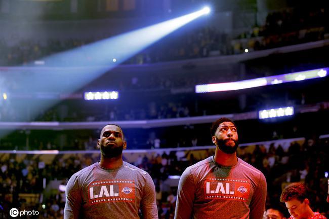NBA开季至今全美收视率下跌20%!勇士下跌51%