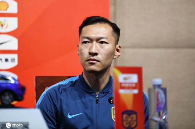 吴曦:希望苏宁延续此前状态 明天比赛会很开放