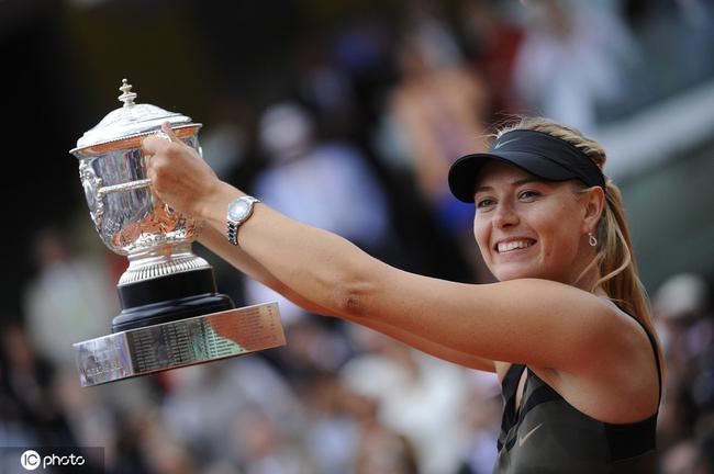 滚动:莎娃退役告别信:与网球相互成就该去开启新篇章
