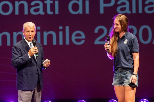 美国二传洛伊德公布怀孕喜讯 退出意大利女排联赛