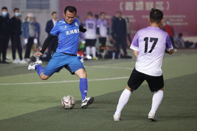 徐云龙率最牛社区队5-0横扫 夺北京西城中年冠军
