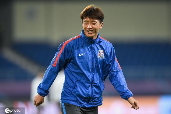 热身-彭欣力杨旭破门申花2-0昆山 将启程赴苏州