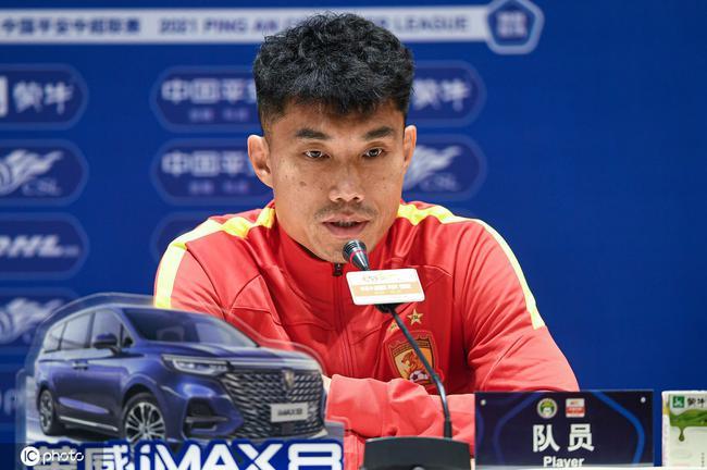 郑智:职业生涯总有结束时 跟教练组身边学到很多