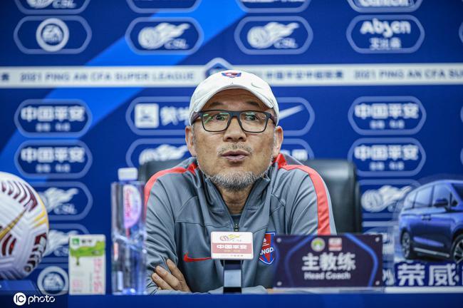张外龙:重庆球员历经困难才抵达这里 需更多努力