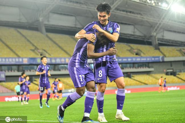 中超-姆比亞10分鐘直紅罰下 津門虎2-1武漢迎首勝
