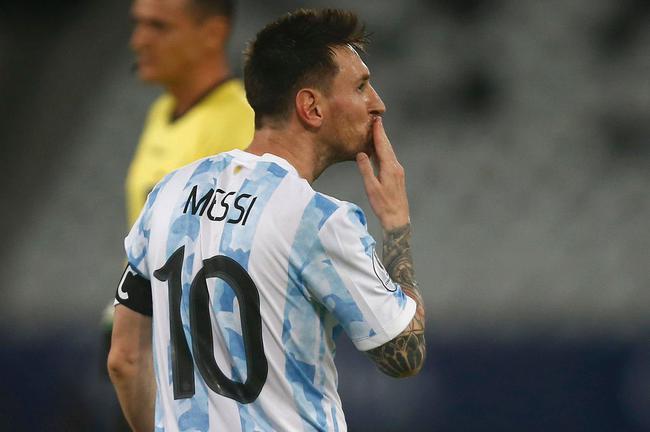 美洲杯-梅西任意球破门 阿根廷1-1战平智利
