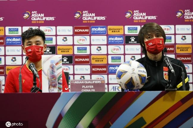 【博狗体育】李铁:比赛胶着队员没有放弃 运气在中国队这边