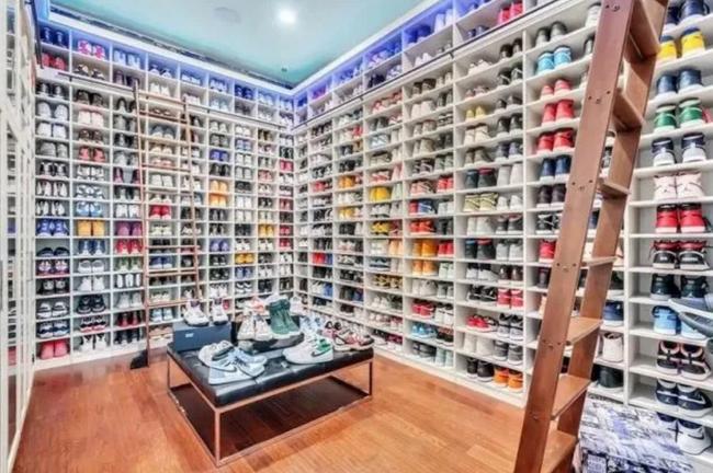 180万!奥拉迪波出售奥兰多豪宅 有球鞋收藏间