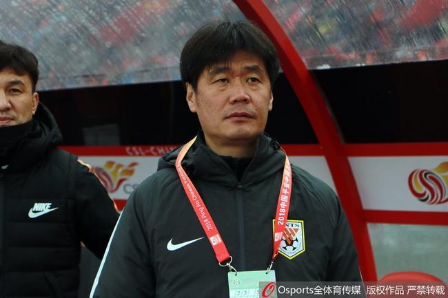 李霄鹏:鲁能三连胜有运气成分 不愿意谈赛季目标