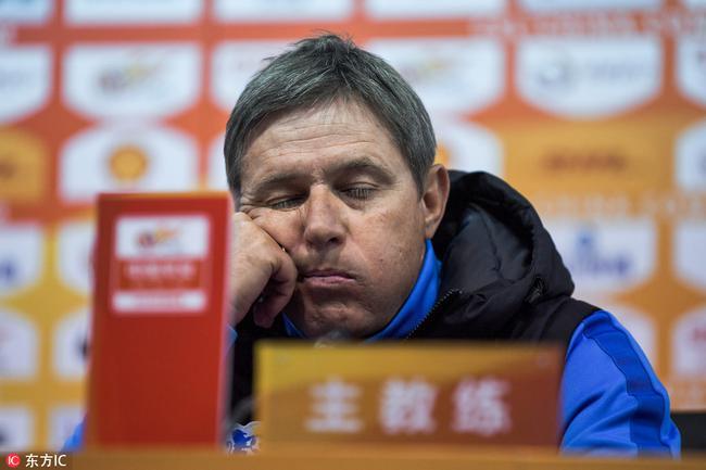 斯托:场地是乙级联赛水平 不断浪费机会遭到惩罚