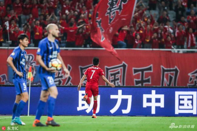 奥斯卡传射武磊斩第12球 上港2-0苏宁5轮首胜