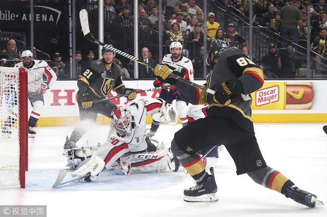 NHL总决赛首都客场1球险胜 与黄金骑士战成1